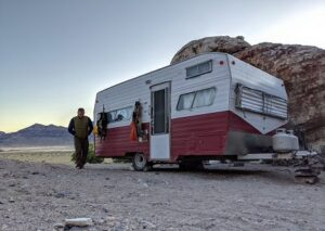 Does RV Refrigerator Work Better on Gas or Electric