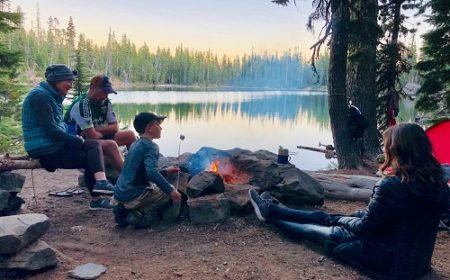 Family Camping Checklist: A Complete List of Essential Gears