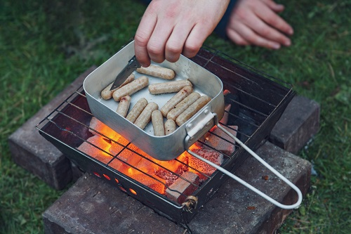 How to Keep Food from Freezing When Winter Camping