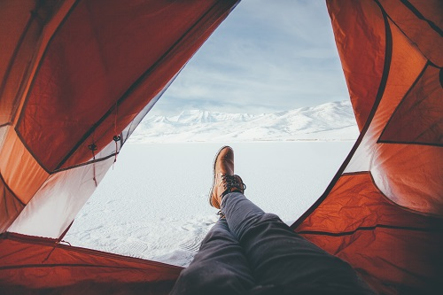 tips for staying warm in air mattress during winter camping